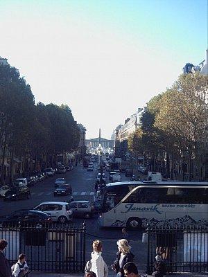 v pozadí náměstí Concorde s obeliskem (nahrál: slávka)