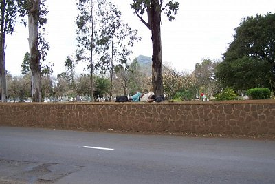usnul - doufam ze ne naveky, na hrbitovni zdi zidovskeho hrbitova v Eau Bonne Mauritius (nahrál: Eva K.V.)