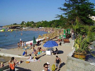 ČERNOMOREC - městská pláž (nahrál: pome)
