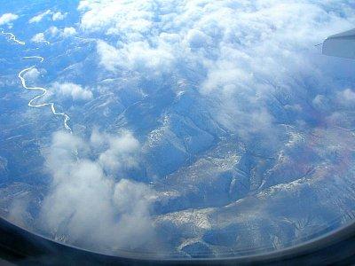 Let nad Japonskem (nahrál: admin)