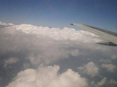 Letadlo - V oblacích (nahrál: šárka)