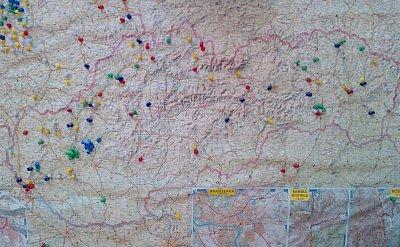 Mapa SR - Zákazník restaurace ze SR hledá své rodné město, které vyznačí na mapě SR  (nahrál: BaR)